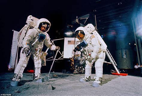 Trump and Melania hitch wagon to Apollo 11 astronauts in ...