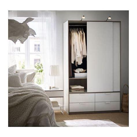 TRYSIL Garderob med skjutdörrar/4 lådor   vit | Ikea ...