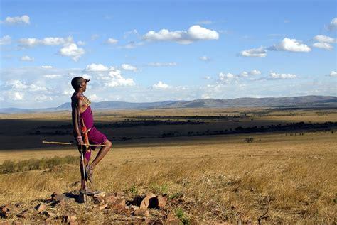 Turismo de Kenia en FITUR   Revista de Arte   Logopress