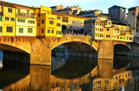 Turismo En Florencia, Italia Imagen de archivo editorial ...
