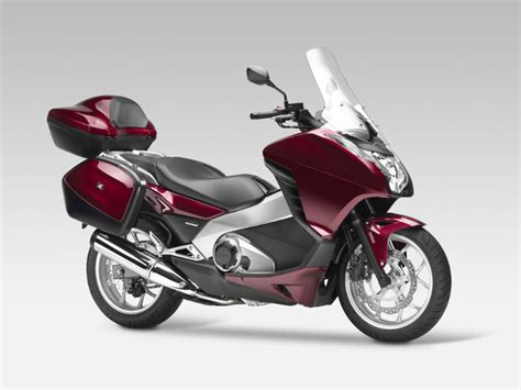 Two new motors for Honda scooters   Canada Moto Guide