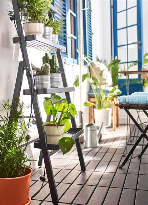 Un balcón pequeño, estrecho y privado   IKEA