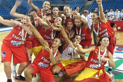 Un baloncesto femenino en primera línea   MARCA.com