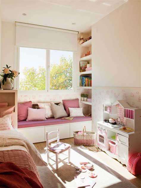 Un banco bajo la ventana | Dormitorio niños ikea ...