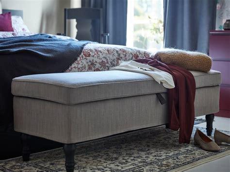 Un dormitorio florido   IKEA