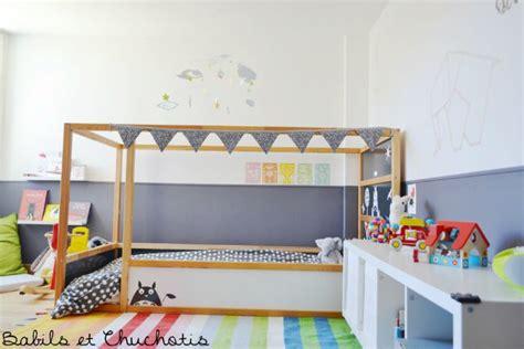 Un dormitorio infantil con muebles de Ikea