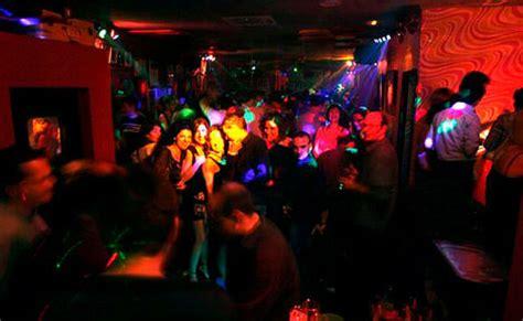Un juez ve ilegales las discotecas del polígono entre L ...