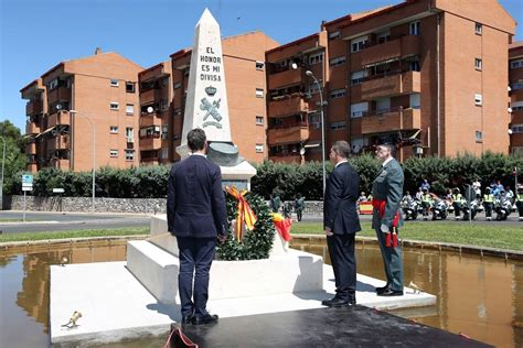 Un monolito y una plaza como homenaje a la Guardia Civil ...