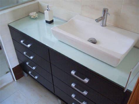 Un mueble de baño a medida a partir de dos cajoneras ...