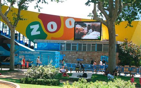 Un paseo por el Zoo de Barcelona, junto a tu pareja.