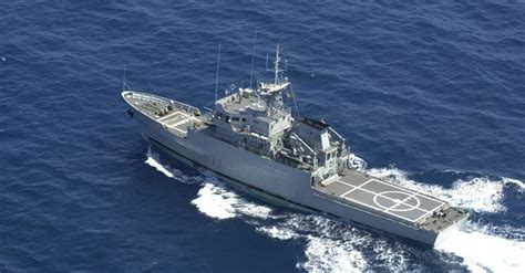 Un patrullero español se unirá a la flota inglesa que ...