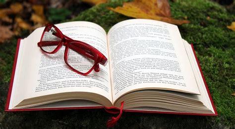 Un PDF con el libro  Fariña  se vuelve viral en WhatsApp