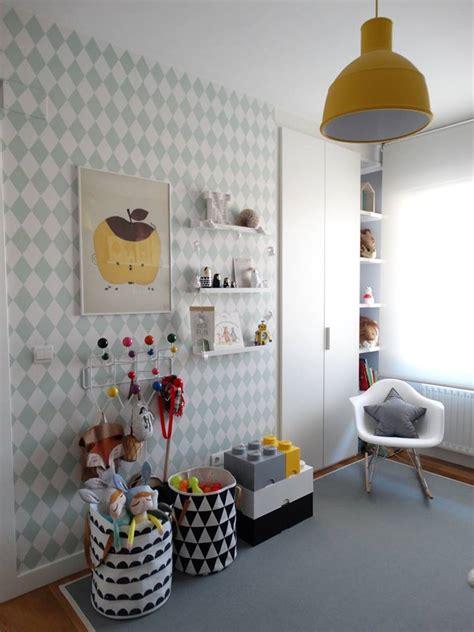 Una actual habitación infantil con aire nórdico que marca ...