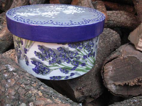 Una caja decorada con la tecnica de decoupage, y pasta de ...