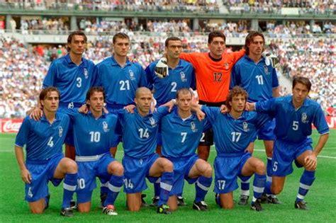 Una Camiseta por Día: Selección Italia Nike Mundial 1998