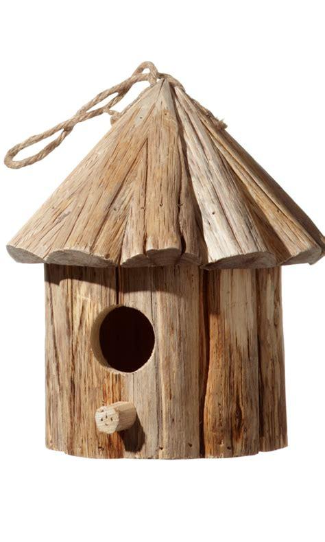 Una casa para pájaros, el complemento ideal para tu jardín ...