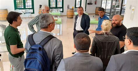 Una delegación de la República de Uzbekistán conoce el ...