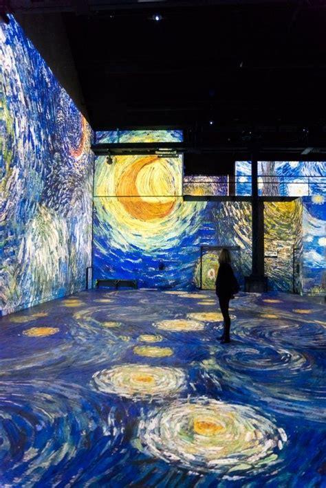 Una exposición nos permite caminar dentro de los cuadros ...