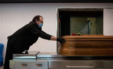 Una funeraria salva a una joven a punto de ser embalsamada ...