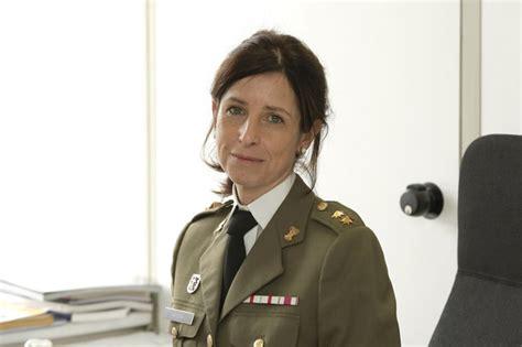 Una ingeniera agrónoma, primera mujer teniente coronel en ...