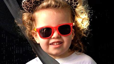 Una nena de tres años tiene un coeficiente mayor que ...