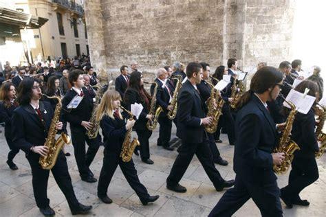 Una Ventana Abierta: Valencia en Fallas