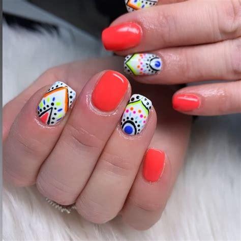 uñas estilo mandala para el verano | Diseños de uñas ...