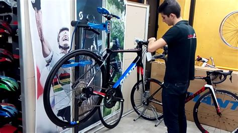 Unboxing GIANT TCR ADVANCED PRO TEAM 2017   YouTube