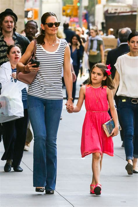 Unhappy? Suri Cruise Spotted With Mom Katie Holmes On 10th ...