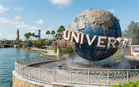 Universal Orlando Is Hiring for 3,000 Jobs — and Perks ...