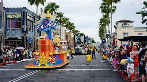 Universal s Superstar Parade at Universal Studios Florida