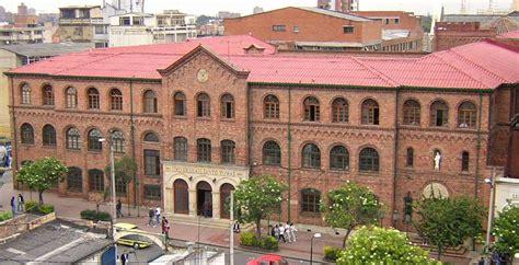 Universidad Santo Tomás in Colombia, Bogota image   Free ...
