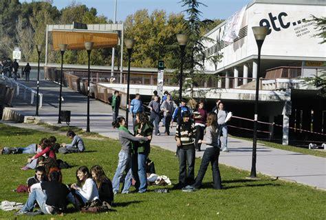 Universitat Autónoma de Barcelona og Institutt for ...