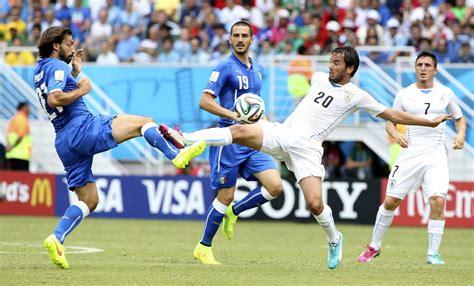 Uruguay elimina a Italia   hoy.es