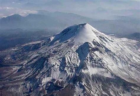 US diplomat killed while climbing Pico de Orizaba