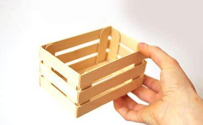 Usa palitos de madera y crea lindas cajitas para obsequios ...
