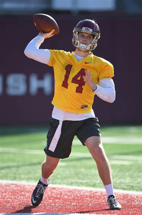 USC QB Sam Darnold Taking Things  One Year At A Time