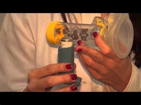 Uso de la aerocamara en niños   YouTube