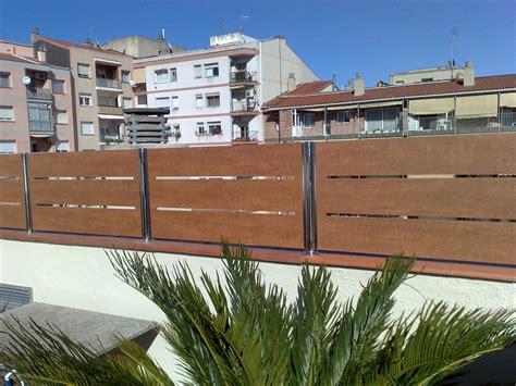#Valla de #ocultación #residencial con plafón de #compacto ...
