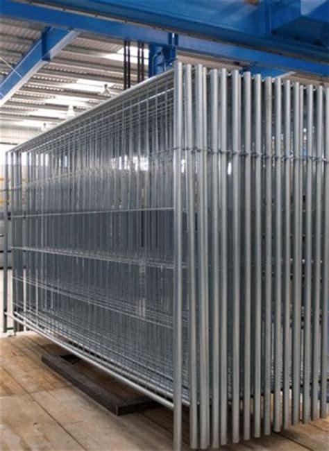 Vallas metálicas 3m x 1,9m  4 tubos    GLOBEN