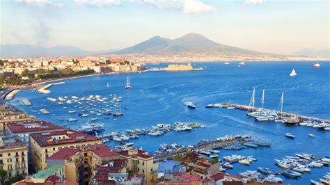 Vamos visitar a Campania?   Viajando para Itália