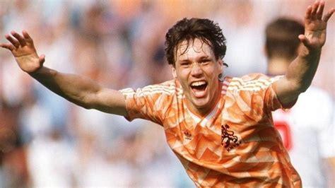 Van Basten remembers  fantastic  EURO  88   UEFA EURO ...