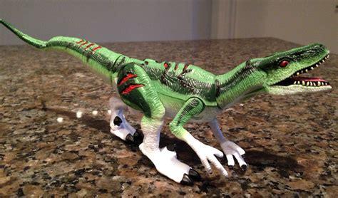 Velociraptor  Cyclops   Jurassic Park: Dinosaurs by Kenner ...