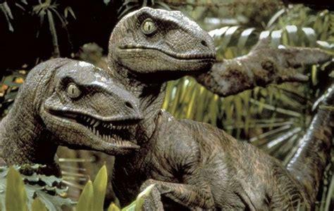 Velociraptor   Ficha Jurásica | Jurassic Park Amino Amino