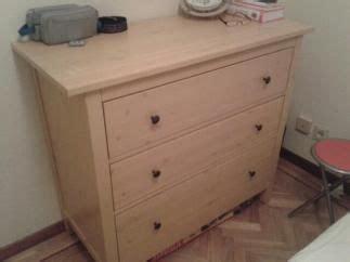 Vendo cómoda 3 cajones Pino Ikea segunda mano serie Hemnes ...