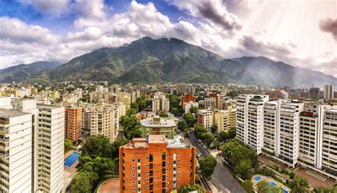 Venezuela Crisis: Learning from a Nation s Complete ...