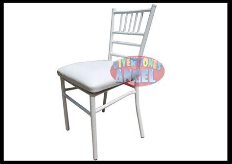 Venta de Sillas Tiffany Acojinadas Blancas