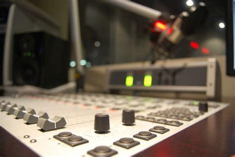 Ventajas de las Radios Online,Escuchar Programación de ...