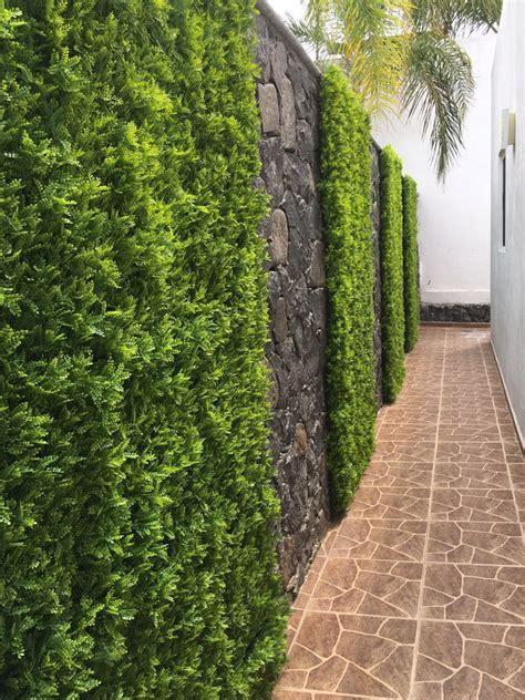 Ventajas de los Muros Verdes de Follaje Artificial frente ...