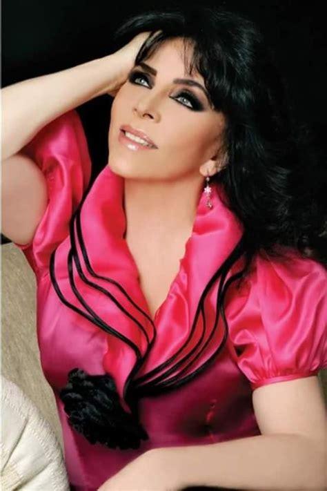Verónica Castro regresa al teatro con la obra  Aplauso ...
